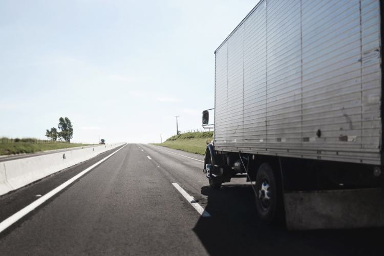 Pandemia da covid-19 terá efeitos sem precedentes no setor de transporte